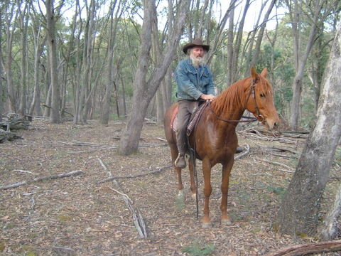LOOK..IT'S NED KELLY!!